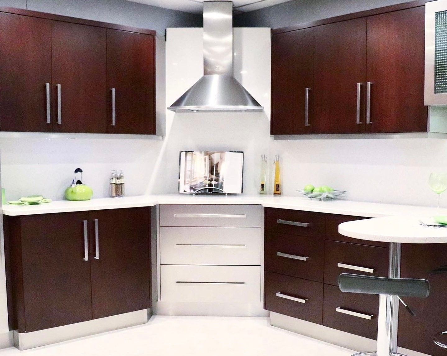 Modern Kitchen Remodel in Boca Raton, FL.